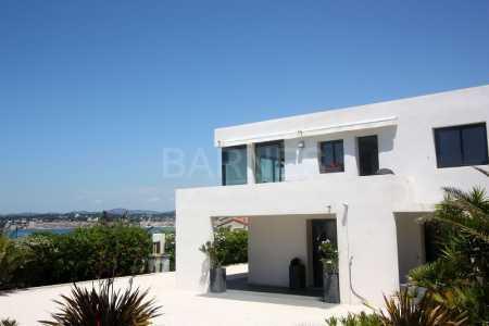 Maison d'architecte SIX FOURS LES LONES - Ref M-74565