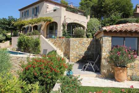 Maison Saint-Cyr-sur-Mer - Ref 2542893
