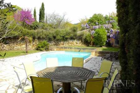 Maison Aix-en-Provence - Ref 2542931