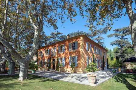 Maison Aix-en-Provence - Ref 2542999