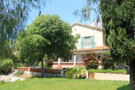 Maison Sanary-sur-Mer - Ref 2542943