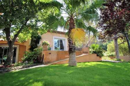 Maison LE BRUSC - Ref M-54404
