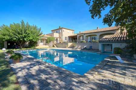 Maison Aix-en-Provence - Ref 2542797