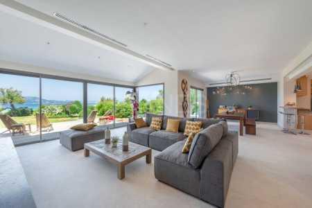 Maison contemporaine GIENS - Ref M-43957