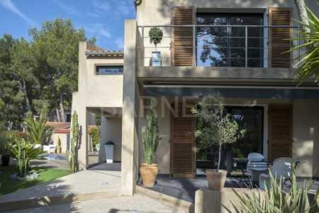 Maison LE BRUSC - Ref M-43812